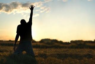 praying-man-on-knees